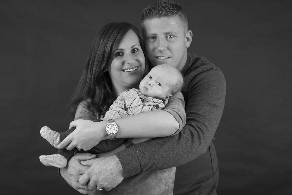 ouders met baby in hun armen